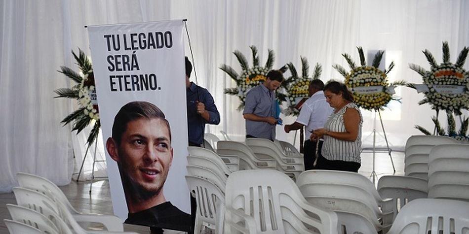 Escándalo: desapareció del agua el avión que llevaba a Emiliano Sala