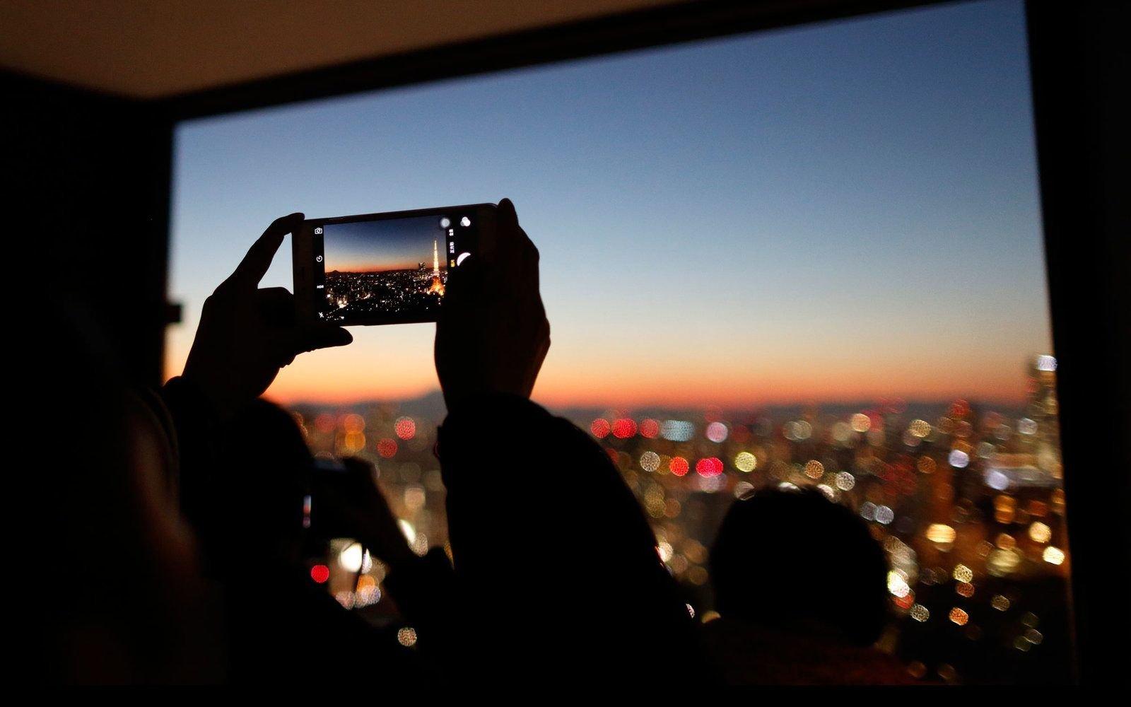 Un smartphone, Internet y muchas app: la mejor forma de disfrutar de tu viaje