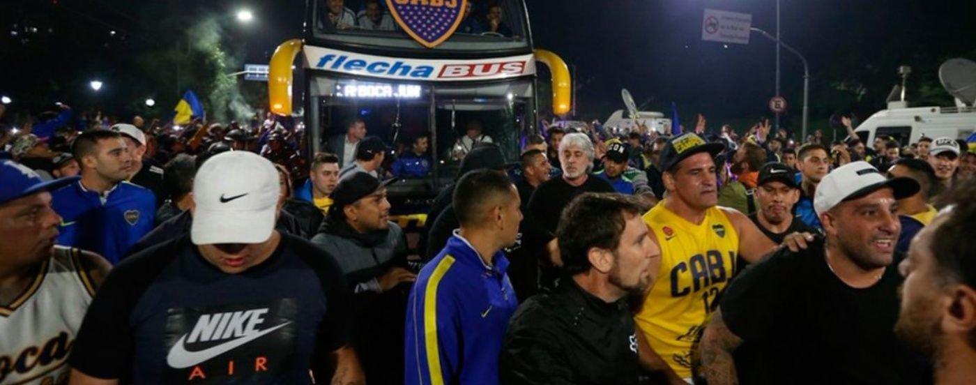 Amplían la lista de barras de Boca y River: los que estén incluidos serán deportados desde Madrid
