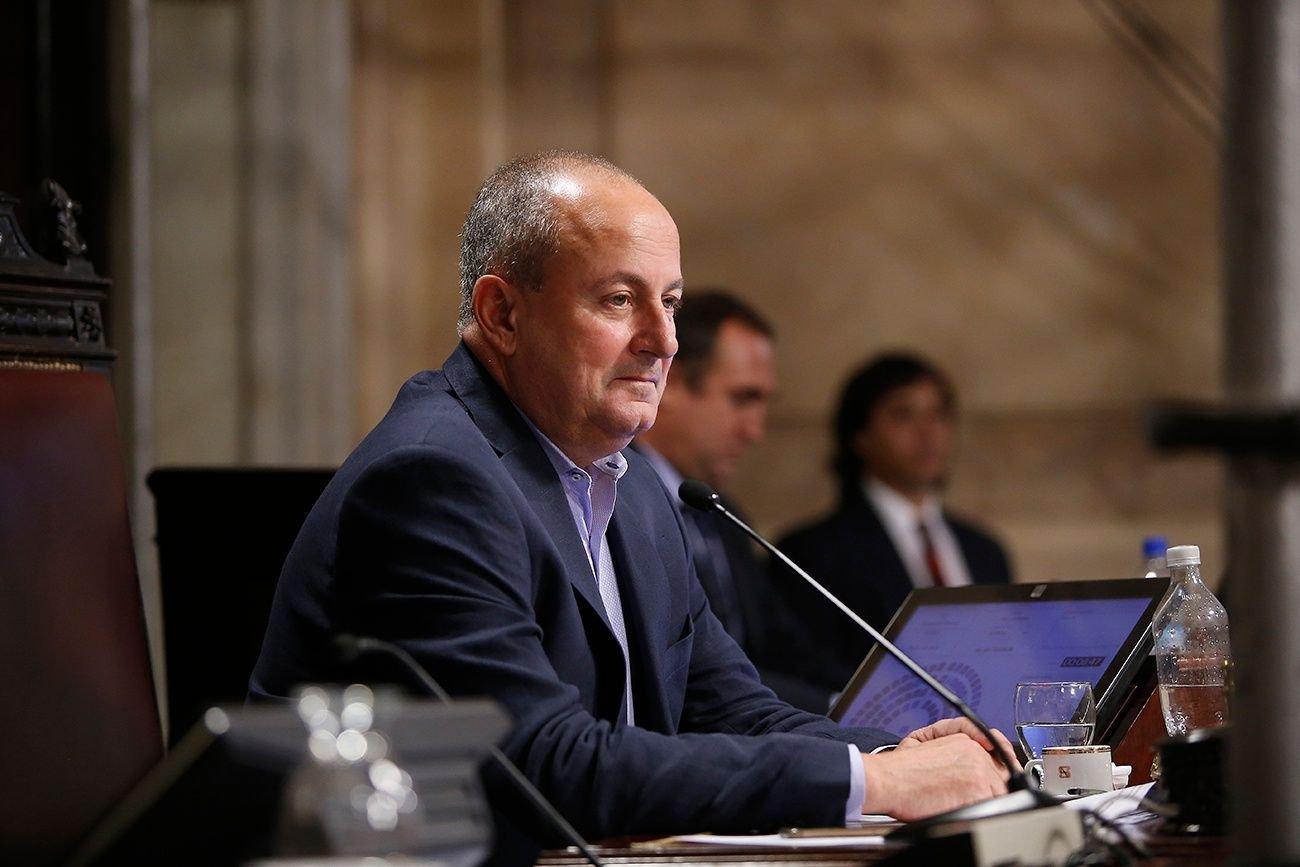 La denuncia contra Marino fue impulsada por una asesora del Senado.