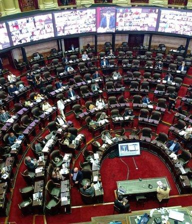 La legalización del aborto se debate en Diputados y CFK está enojada con la Corte: las 7 noticias del día