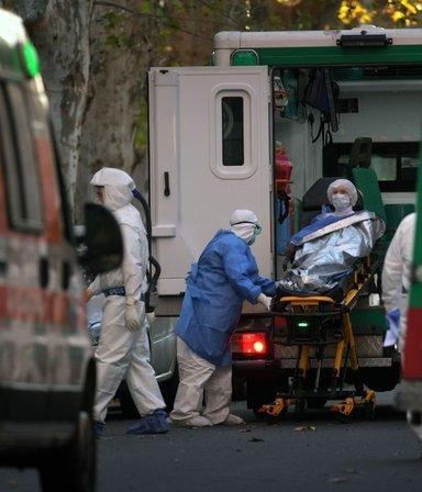 Argentina superó los 40.000 muertos por Covid-19 y velan a Sabella en el predio de la AFA: las 7 noticias del día